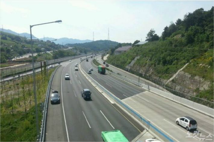부산권 고속도로 대부분 원활…서울까지 4시간20분